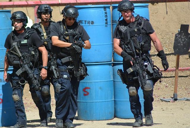 SWAT装備
