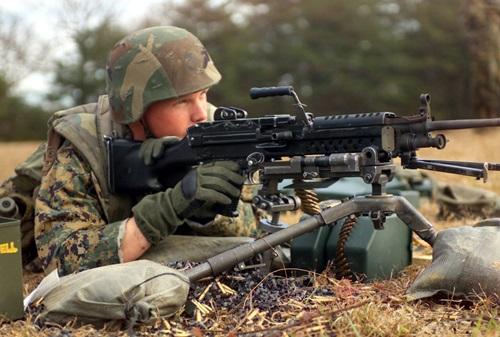 M249SAWによる威力偵察