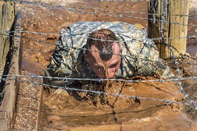 訓練中の兵士