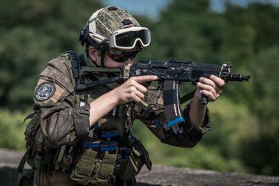 フル装備の兵士