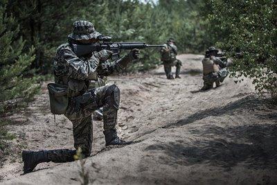 連携中の兵士
